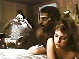 Negao da tribo comendo a esposa – Filme Antigo